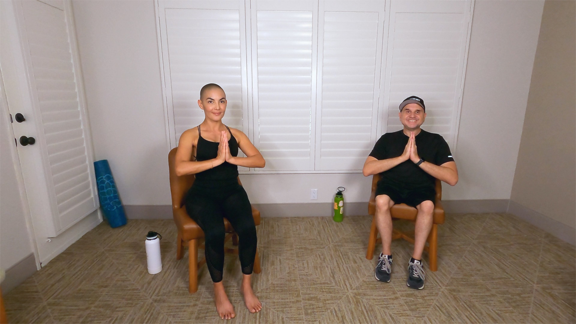 SEATED YOGA STRETCH WITH TEEMAREE
